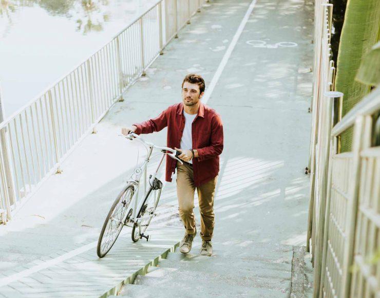 cyclist-in-a-park-L7VP582.jpg